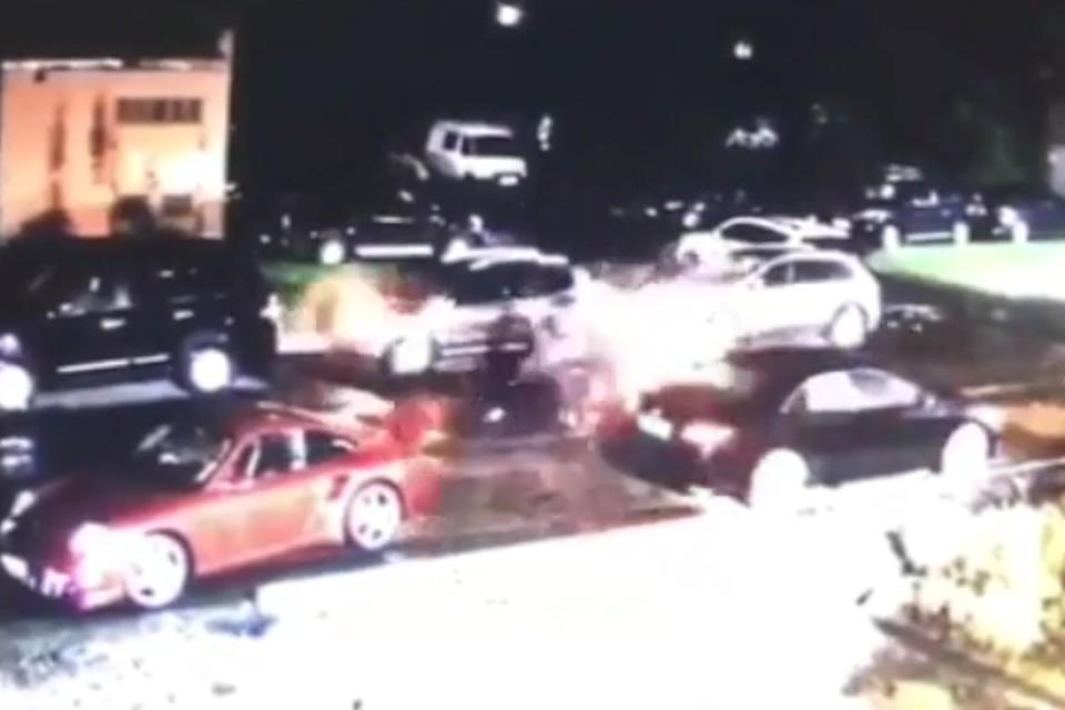 водитель porsche обстрелял машину в прокопьевске