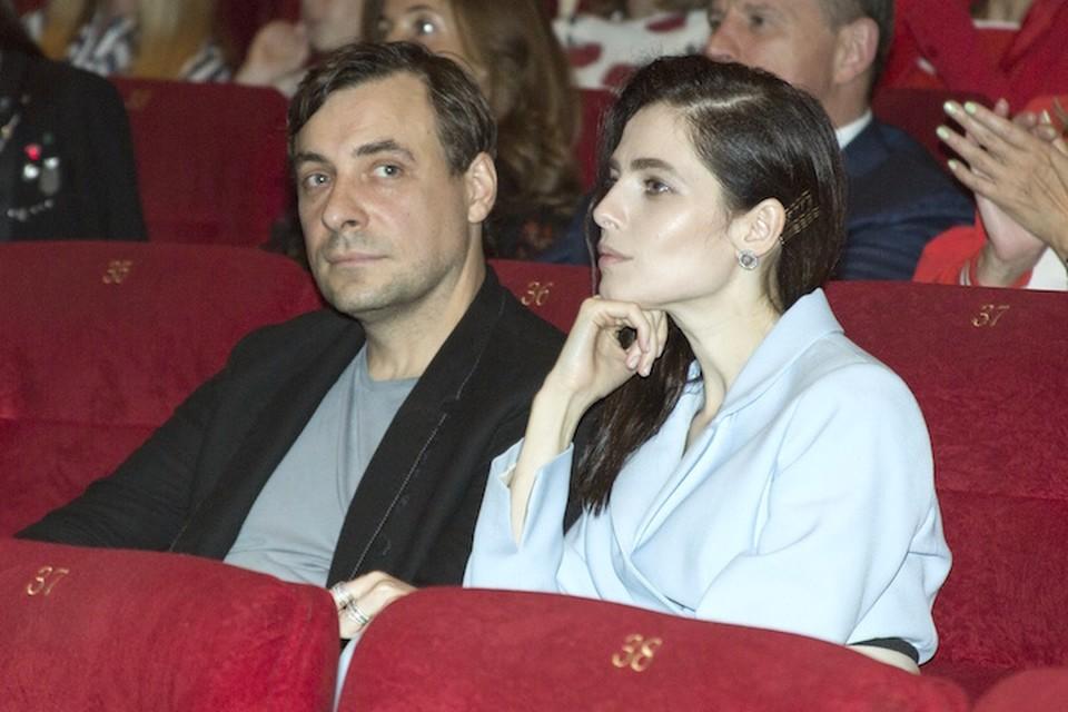 Юлия и Евгений пришли вместе на премьеру фильма Авдотьи Смирновой «История одного назначения».