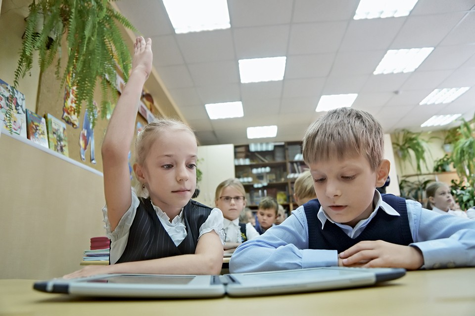 С 2018 года в старших классах школ вводится астрономия как обязательный предмет.