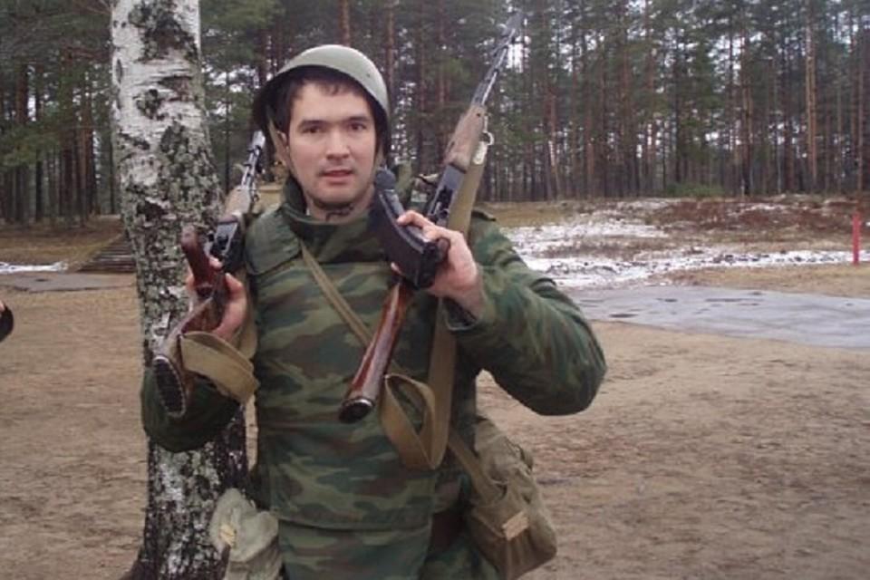 Зиновьев в 2008 году отправился в армию на срочную службу.