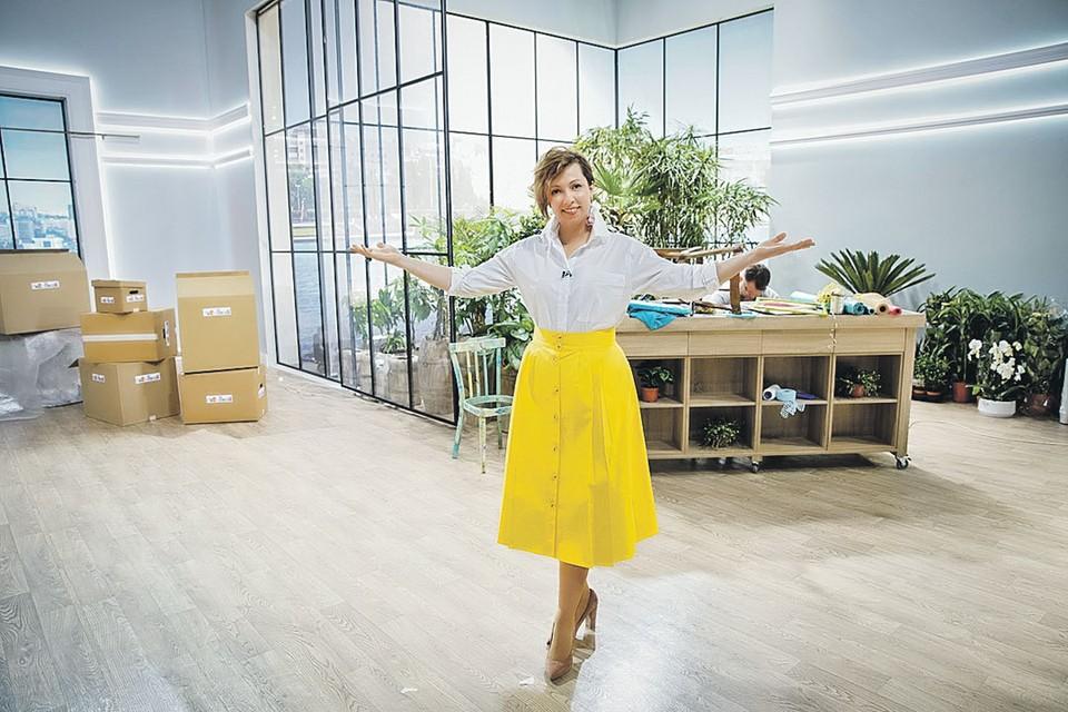 Каждое утро Наталья приглашает зрителей в свое именное шоу, чтобы те могли получить заряд хорошего настроения. Фото: НТВ