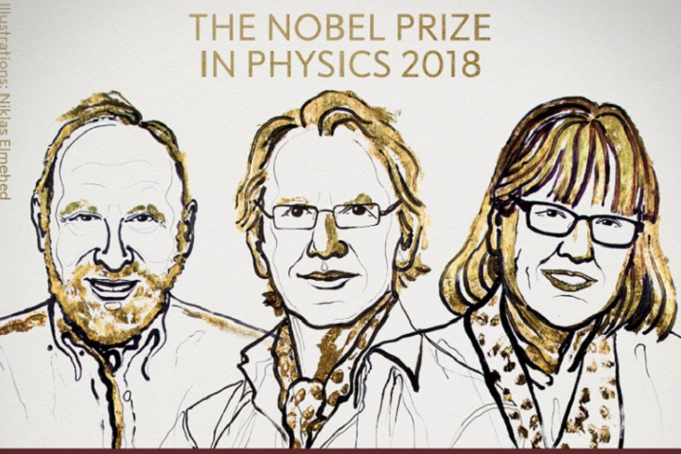 Лауреаты Нобелевской премии по физике в 2018 году Артур Ашкин, Жерар Мур и Донна Стриклэнд. Фото: Нобелевский комитет/Twitter