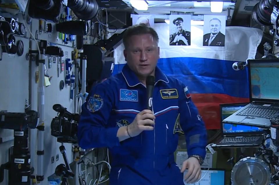 Космонавт-испытатель Сергей Прокопьев на борту МКС