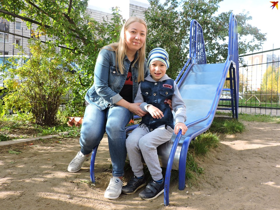 Антон со своей мамой Ириной