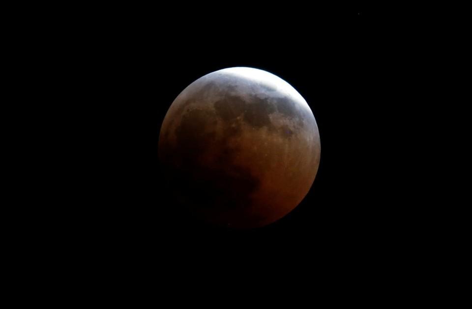 В Москве будет видно сближение Луны с Марсом
