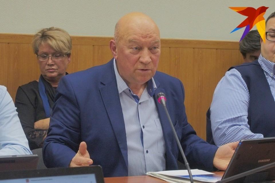 «Мы всегда Кормили рыбой не только Мурманск, но и Кировск, Апатиты, Заполярный. А сейчас сырья нет» - Сергей Махотин.