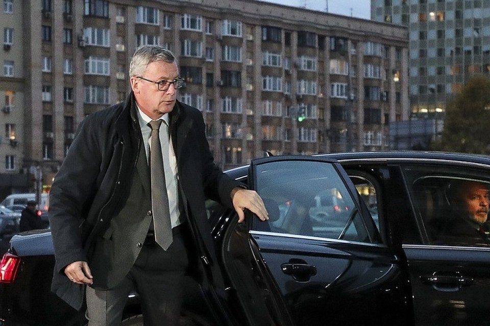 17:48Посол Австрии после вызова в МИД РФ призвал дождаться официальных заявлений