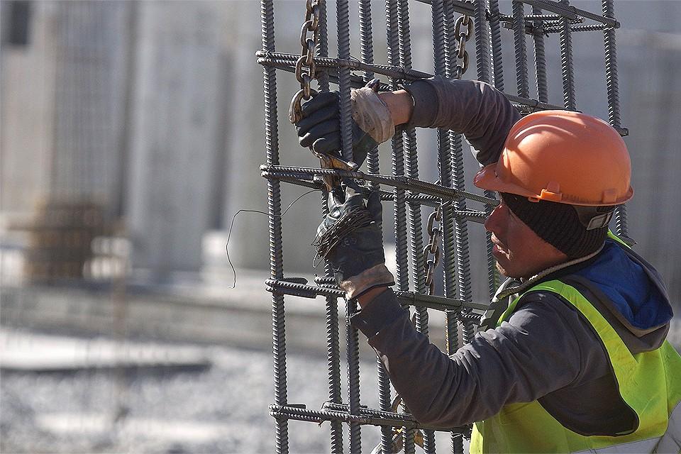На строительной площадке нового торгового центра в Саларьево погиб рабочий.
