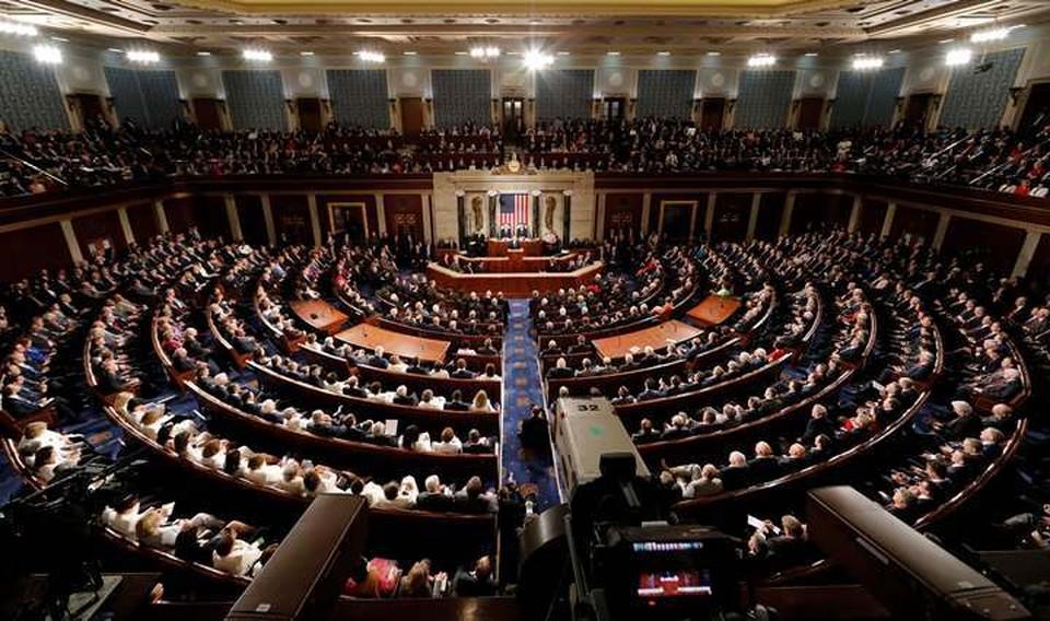 Конгресс США принял временный бюджет страны на две недели