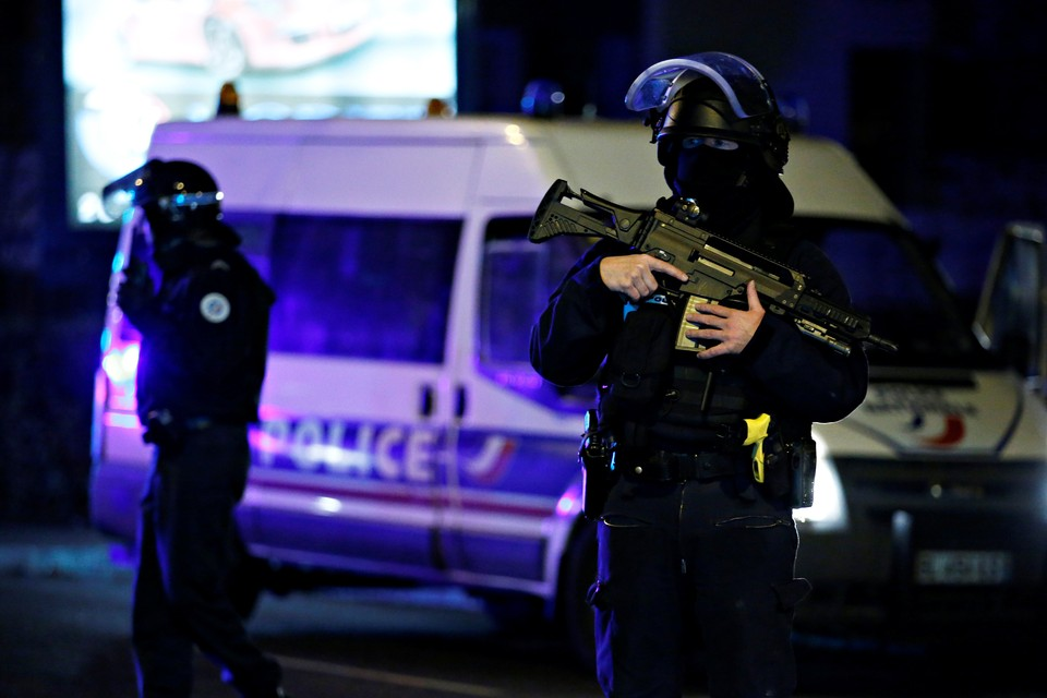 В Страсбурге преступник захватил такси и скрылся от силовиков