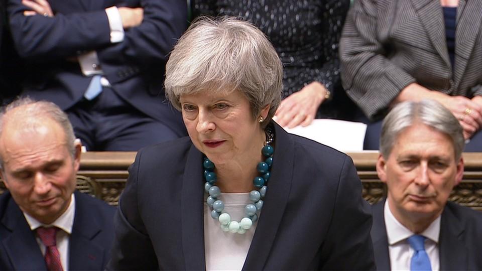 В парламенте Британии пройдёт голосование по вотуму недоверия премьер-министру страны Терезе Мэй.