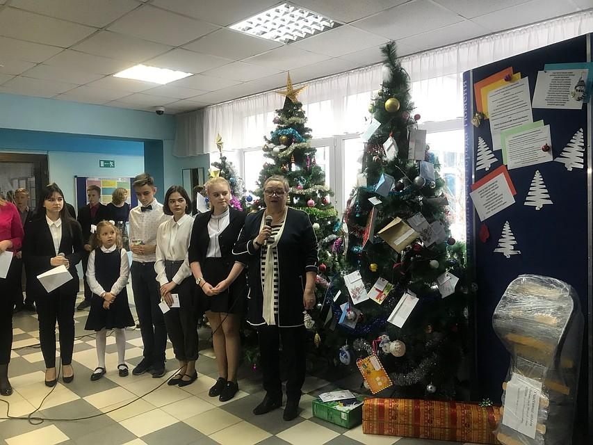 d502a74bb4ae Благодаря «Елке желаний» дети из неблагополучных семей получат подарки на  Новый год