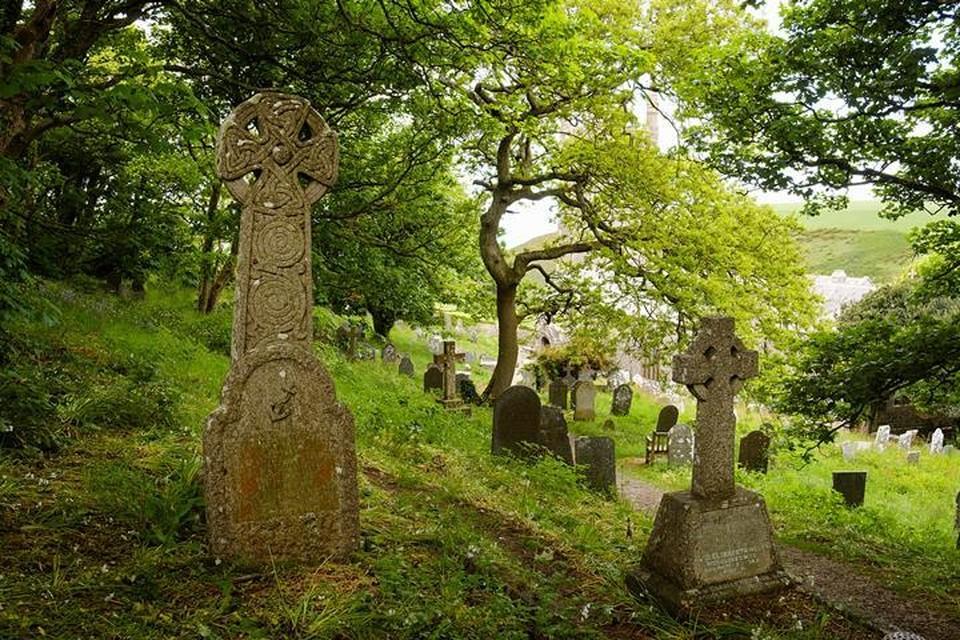 Смертельно больной британец начал продавать билеты на собственные похороны