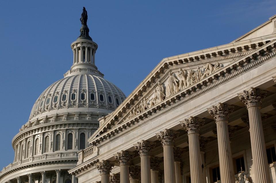 Сенат Конгресса США не договорился по бюджету