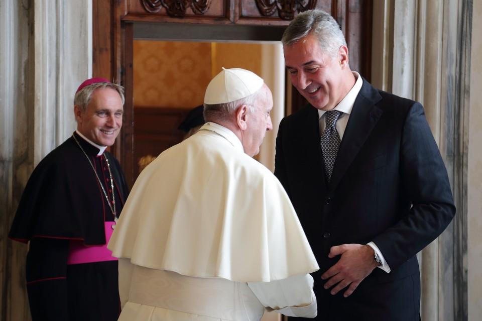 Президент Черногории Мило Джуканович на приеме у папы римского Франциска