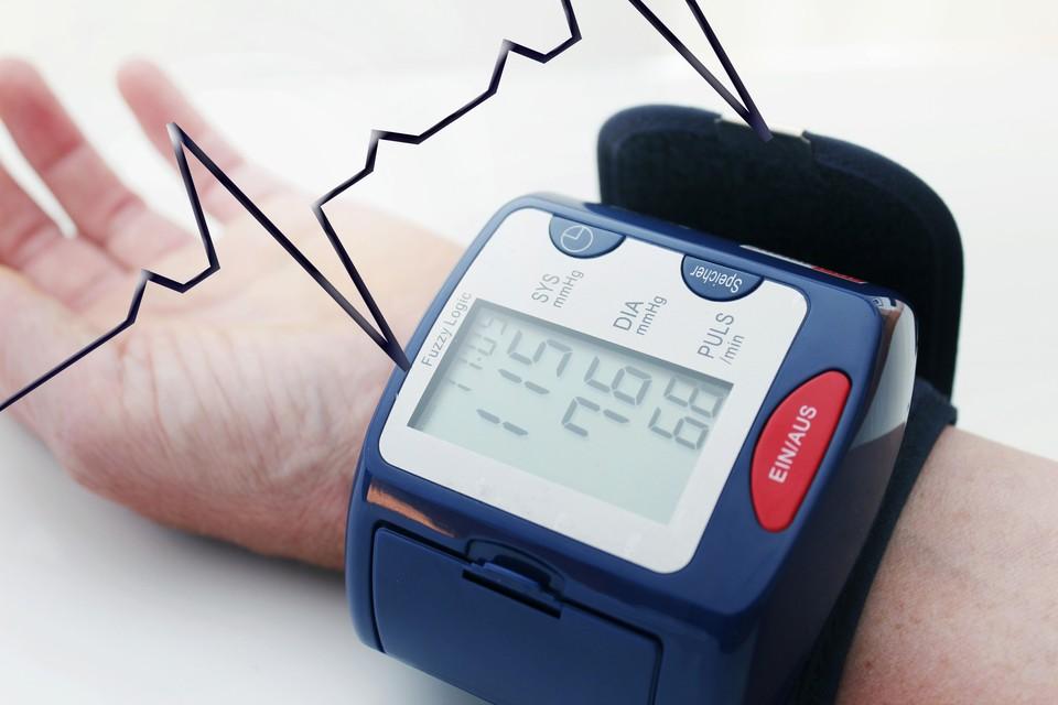 Частота сердечных сокращении у здорового человека составляет от 60 до 100 ударов в минуту.