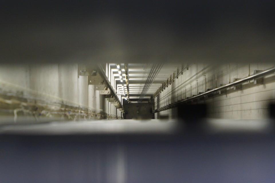 Смерть найденного в лифте человека наступила более 25 лет назад