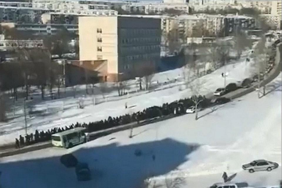 Скандальные похороны криминального авторитета в Хабаровском крае могут закончиться судом