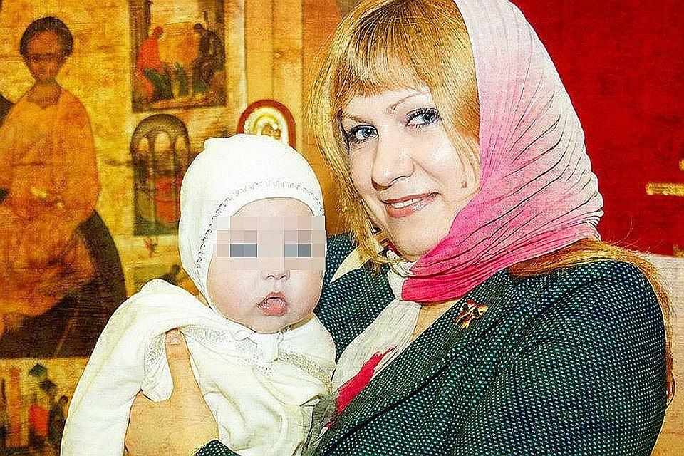 Погибшая Виктория Ларикова с дочерью. Фото: соцсети.
