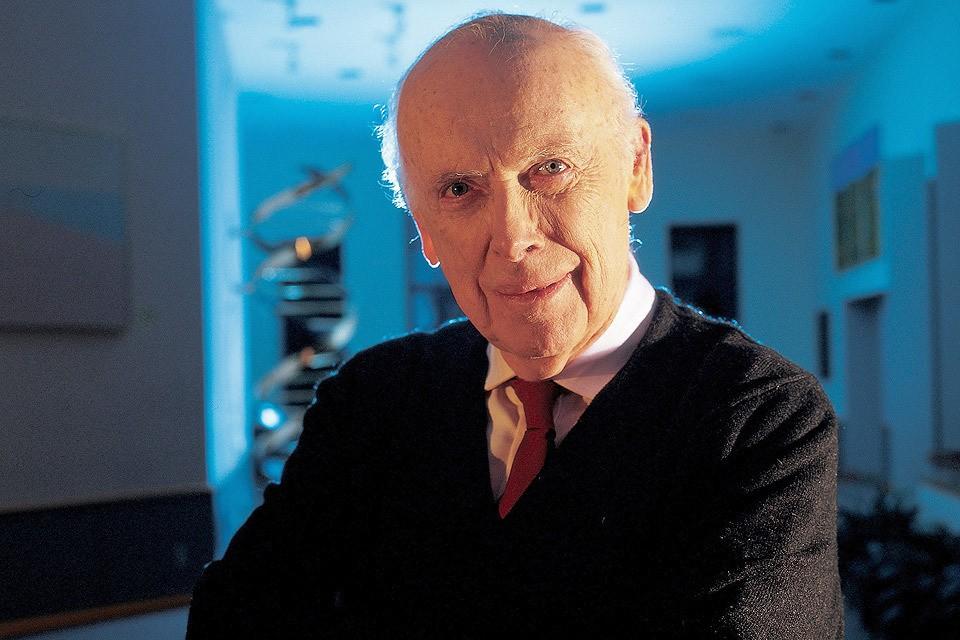 Первооткрыватель двойной спирали ДНК Джеймс Уотсон стал обладателем Нобелевской премии в 1962 году.