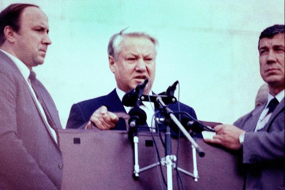 Борис Ельцин родился 1 февраля 1931 года на Урале.