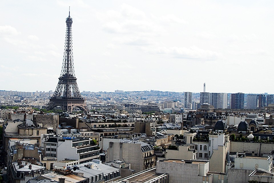 Париж безоговорчно на первом месте - ровно половина участников опроса призналась, чтобы были разочарованы французской столицей