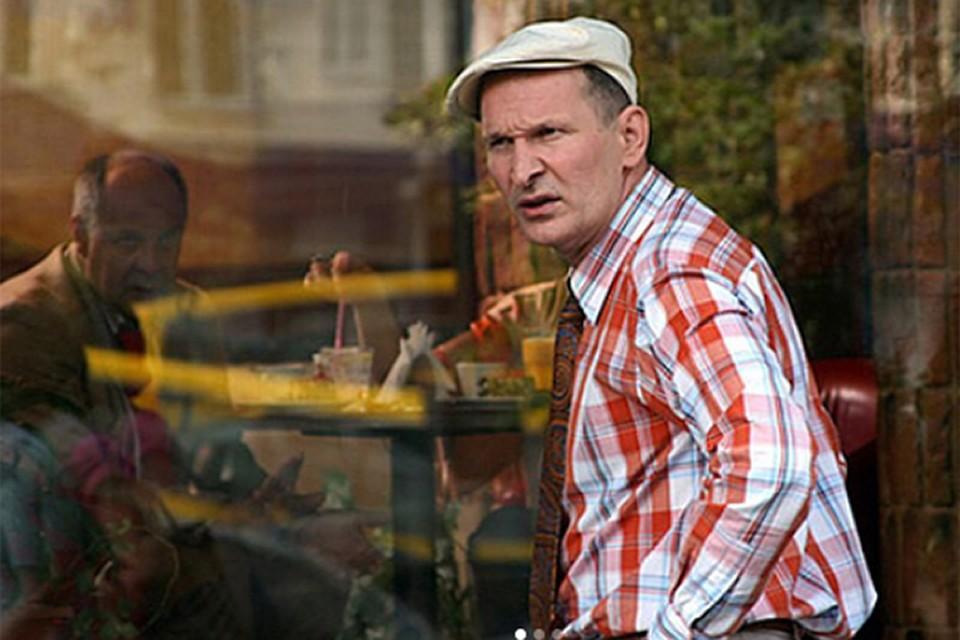 Добронравов добавил, что не жалуется на здоровье и продолжает гастрольную деятельность