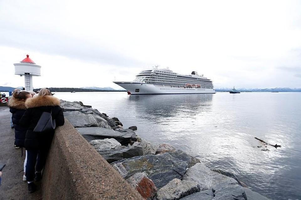 Круизный лайнер Viking Sky
