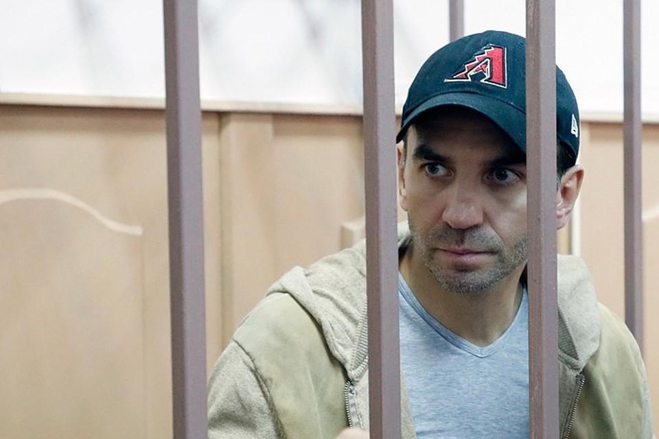 Михаил Абызов в здании Басманного суда