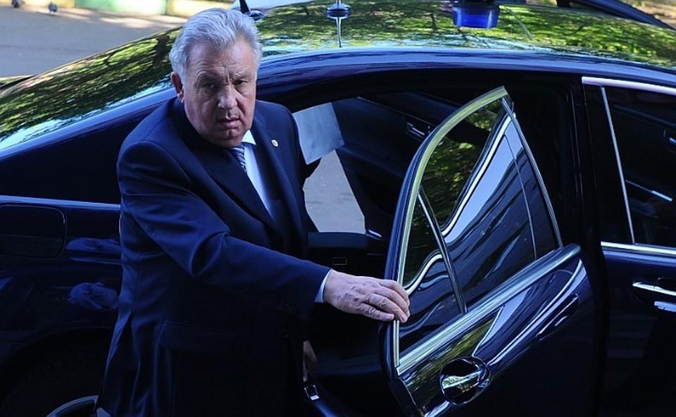 «Папу задержали»: стало известно, за что задержан экс-губернатора Хабаровского края Виктора Ишаева