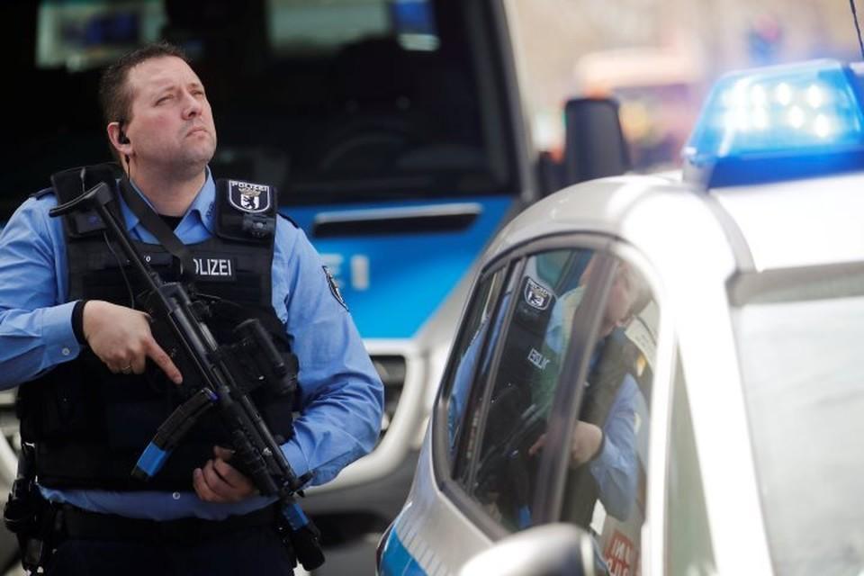 Полиция Германии задержала 11 подозреваемых в подготовке теракта