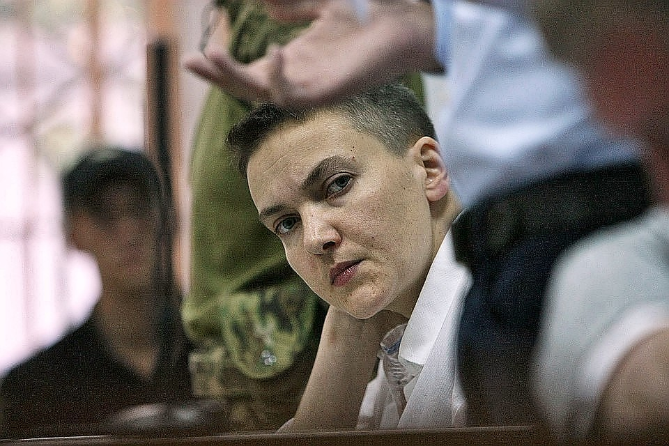 Надежда Савченко вышла на свободу по решению Броварского городского районного суда Киевской области
