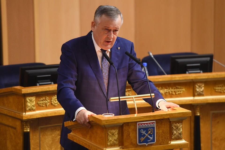 Александр Дрозденко озвучил экономические показатели региона перед депутатами Законодательного собрания.