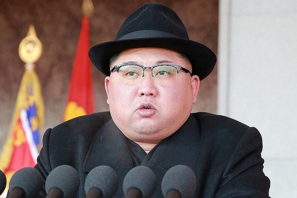 Yа борту самолета находятся представители северокорейских спецслужб, которые подготовят встречу Путина и Ким Чен Ына.