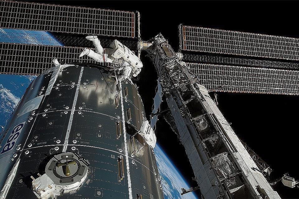 На Международной космической станции (МКС) произошел сбой в работе экспериментальной установке по удалению углекислого газа из ее атмосферы
