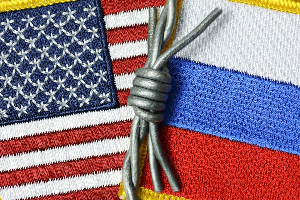 """Американские СМИ считают, что Россия согласится помириться с США, чтобы """"дружить против"""" Китая"""