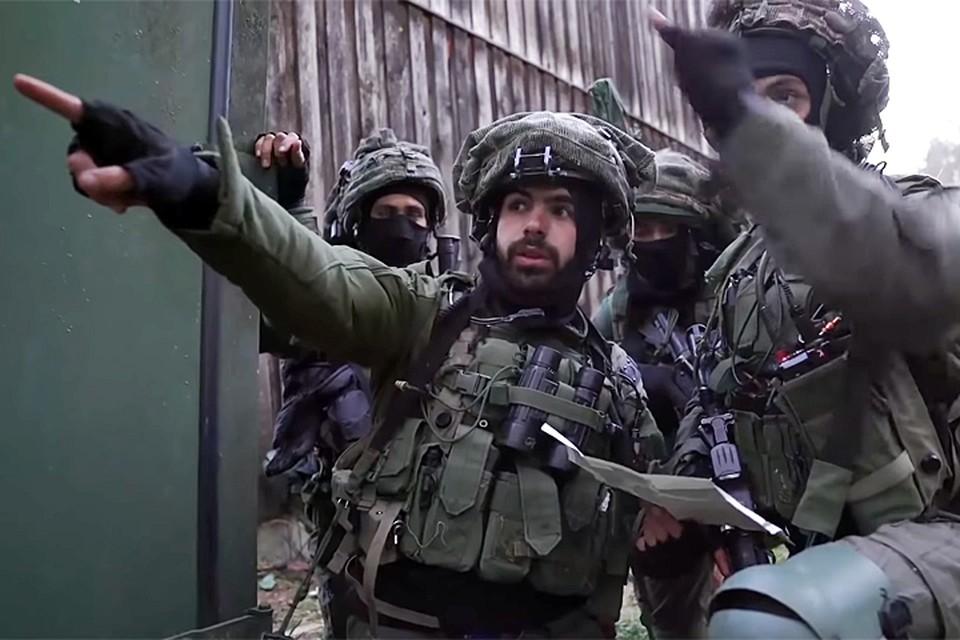 Только израильтяне не постеснялись вывесить видеоролик, в котором говорится со всей прямотой, достойной лучшего применения: наши враги – русские