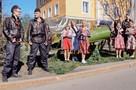 Чистили рыбу, кружились в вальсе: в Мурманске отметили День Победы