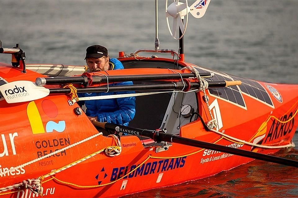 Федор Конюхов на весельной лодке. Фото: konyukhov.ru