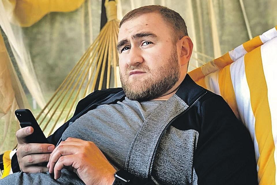 Сенатор Арашуков захотел поменять жизнь в изоляторе после четырёх месяцев в «Лефортово»
