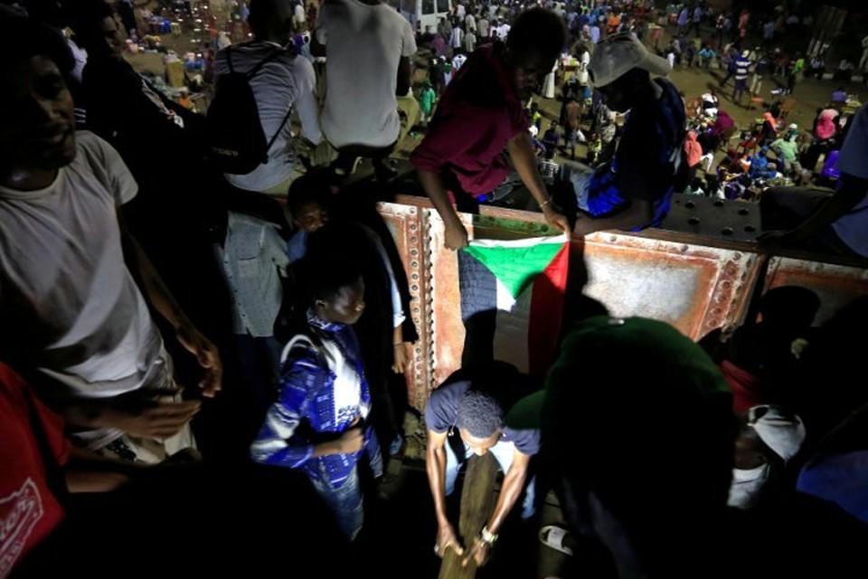 В Судане продолжаются беспрядки