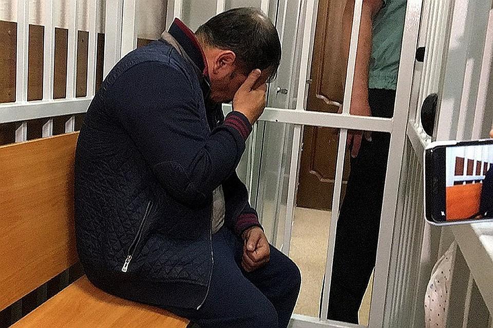 Главным обвиняемым является 41-летний продавец автозапчастей Сергей Ходжаян