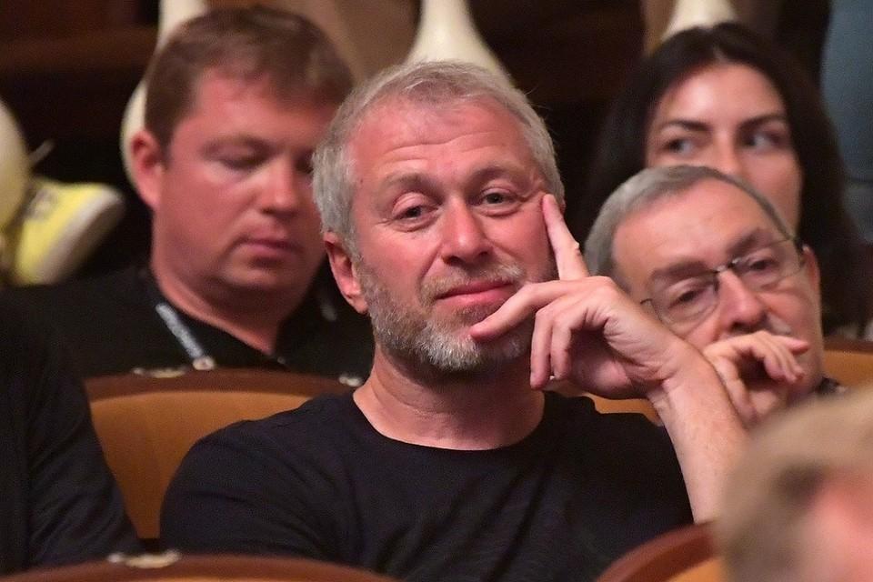Роман Абрамович появился в Зимнем театре Сочи уже практически под занавес «Кинотавра»