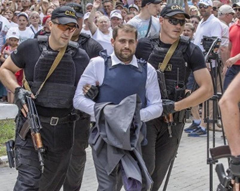 «Таких подонков и негодяев Молдова еще не видела»: Когда беглый экс-мэр Шор напишет донос на беглого олигарха Плахотнюка