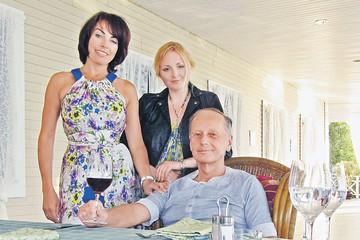 Вдова Задорнова Елена Бомбина: Учимся с дочкой смотреть на мир своими глазами, а не глазами Михаила