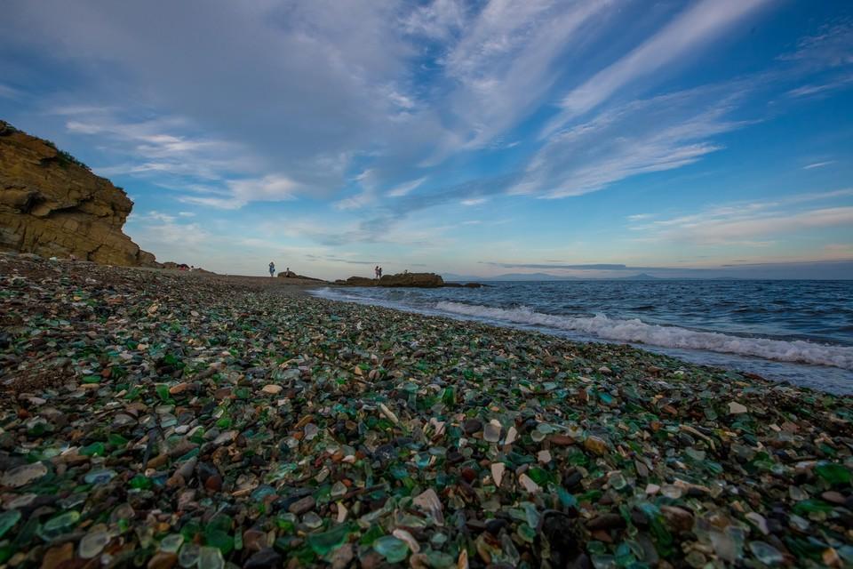Пляж бухты Стеклянная