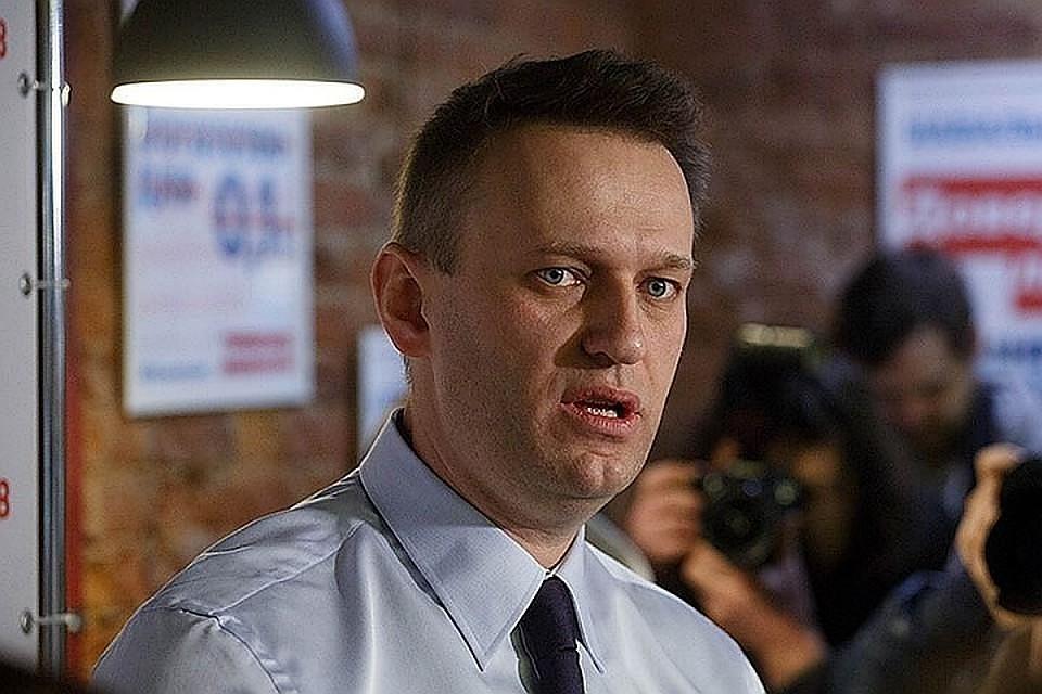 Как сообщили источники, Следственный комитет в ближайшее время возбудит уголовное дело в отношении команды Навального