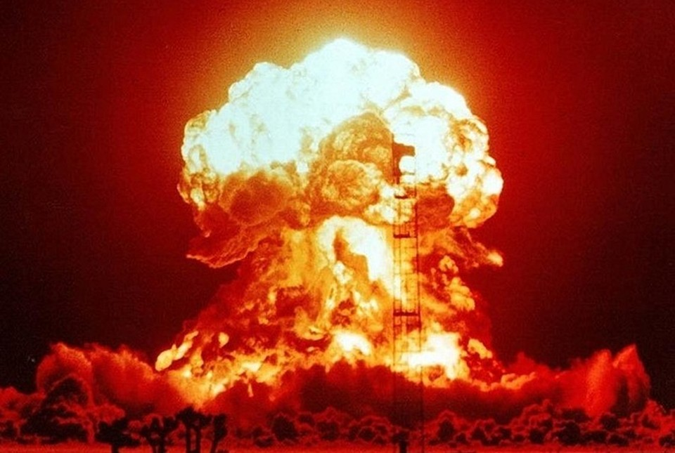 По оценкам специалистов, через 5 лет после глобальной ядерной войны на Земле в лучшем случае выживет 10 процентов населения.