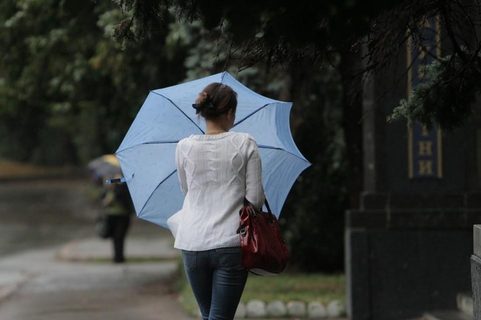 В Луганске ожидаются гроза и штормовой ветер. Фото: ВКонтакте