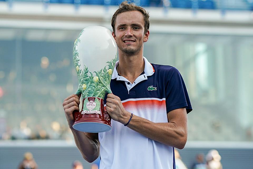Даниил Медведев на престижном турнире серии «Мастерс» в Цинциннати выиграл пока главный трофей в карьере